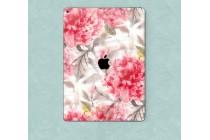 Фирменная необычная защитная пленка-наклейка на твёрдой основе, которая не увеличивает планшет в размерах для iPad Pro 12.9 тематика Пионы